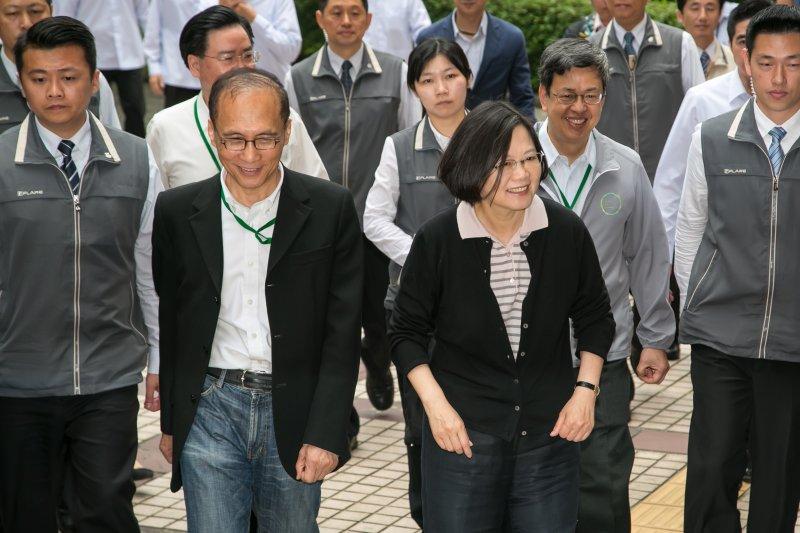 準總統蔡英文及準行政院長林全30日出席「新內閣團隊」共識營。(顏麟宇攝)