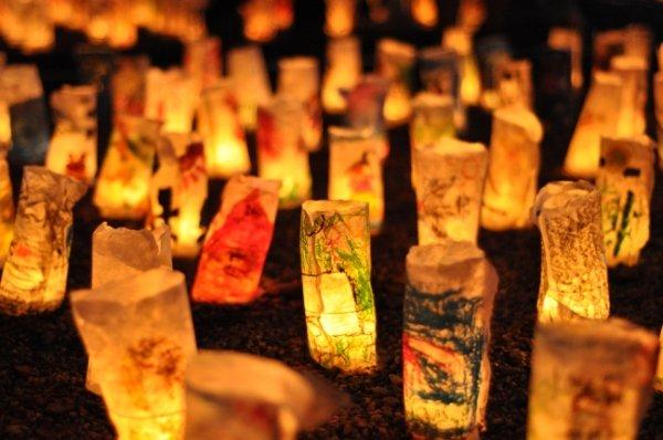 「銀河之天不敢看,妾身怕被織女厭。」令人吃驚的是日本人將七夕的思念與生情,一直延續下來。