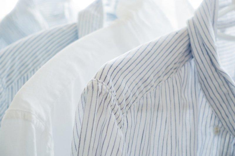 棉、麻以及淺色系的衣服較通風、涼爽。(圖/KaoruYamaoka@pixabay)