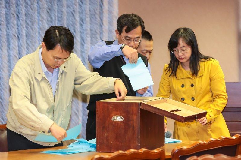 國民黨立院黨團19日舉行總召投票。(顏麟宇攝)