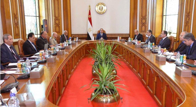 埃及航空MS804客機19日墜毀,埃及總統塞西召開緊急會議。(美聯社)