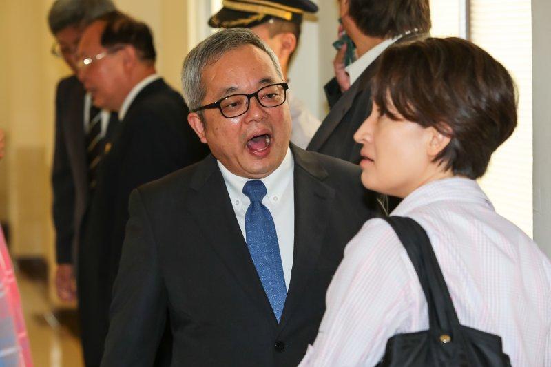 台灣省主席兼政務委員施俊吉25日至立院內政委員會備詢。(顏麟宇攝)