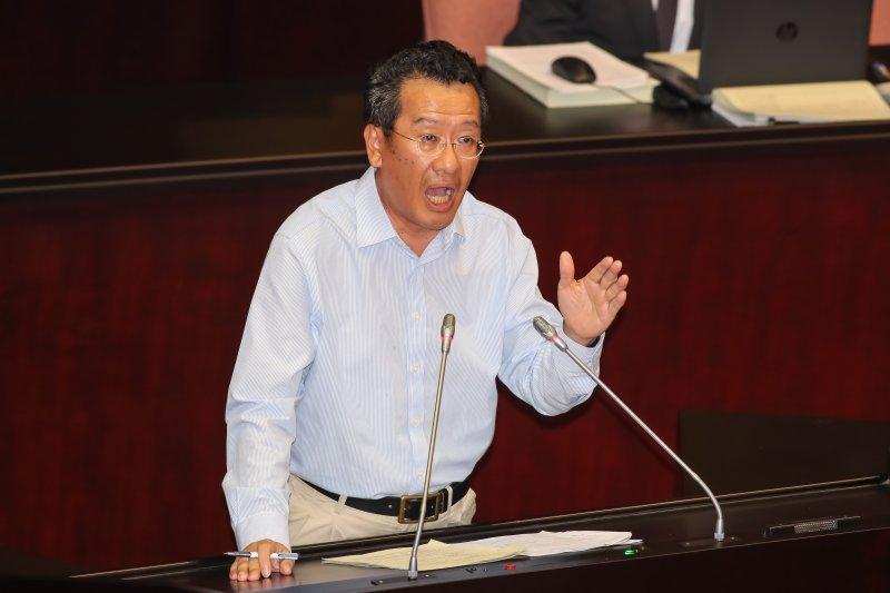 民進黨立委顧立雄27日於院會發言。(顏麟宇攝)