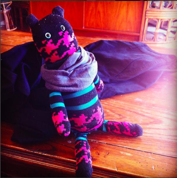 能做出變化多端的玩偶,就要看你的巧思了。(圖/gnarlycarlyscreations@instagram)