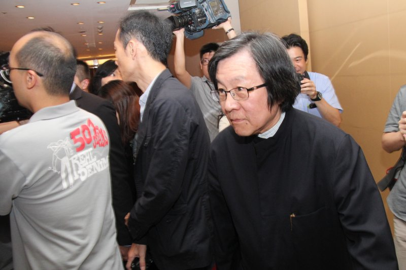秘書長邱義仁出席亞東關係協會會長改選。(王德為攝)