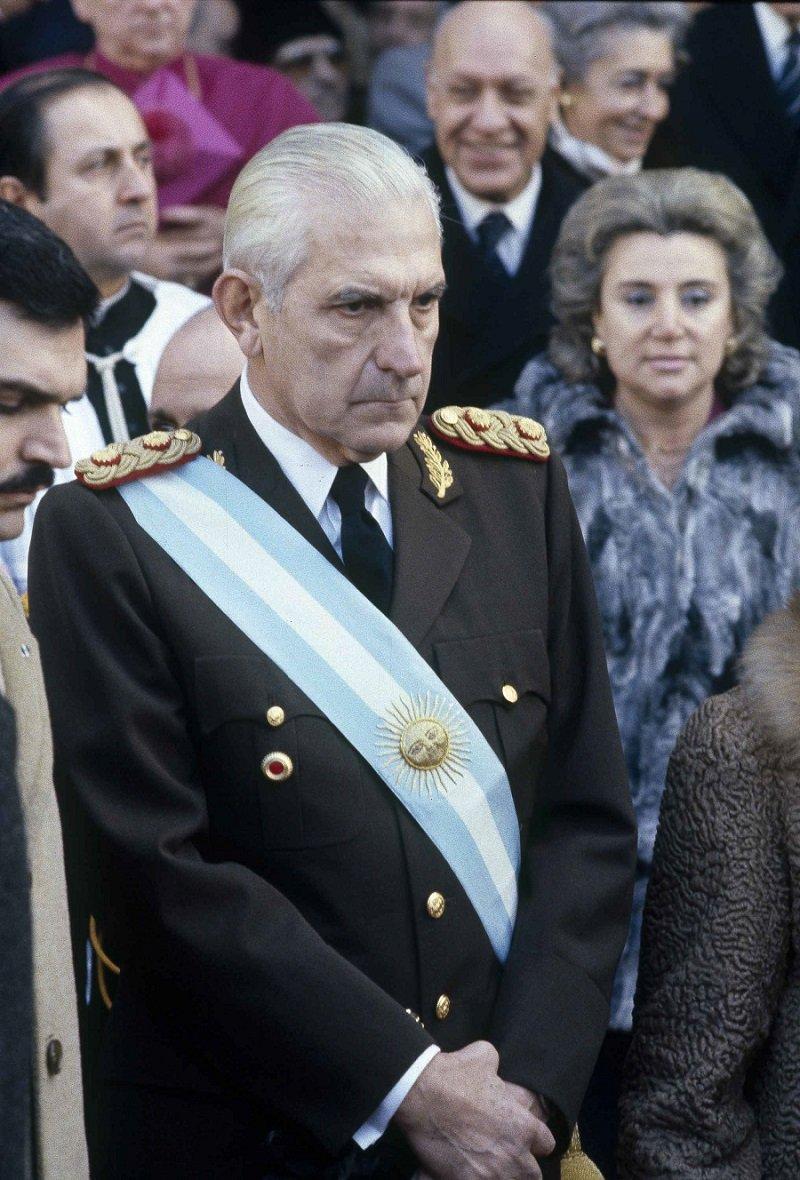 阿根廷軍政府時最後一任獨裁者比尼奧內於1982年(美聯社)
