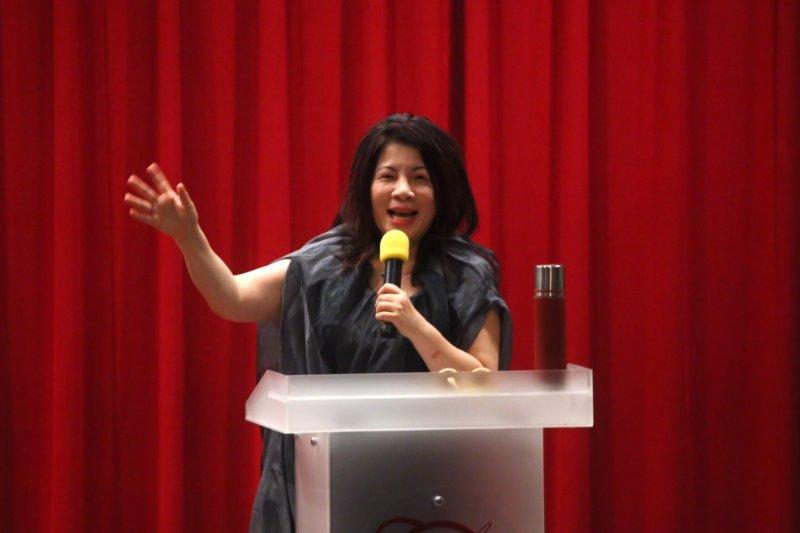 2016-06-01-陳文茜世新大學演講-那些媒體說蛋的事-蔡耀徵攝
