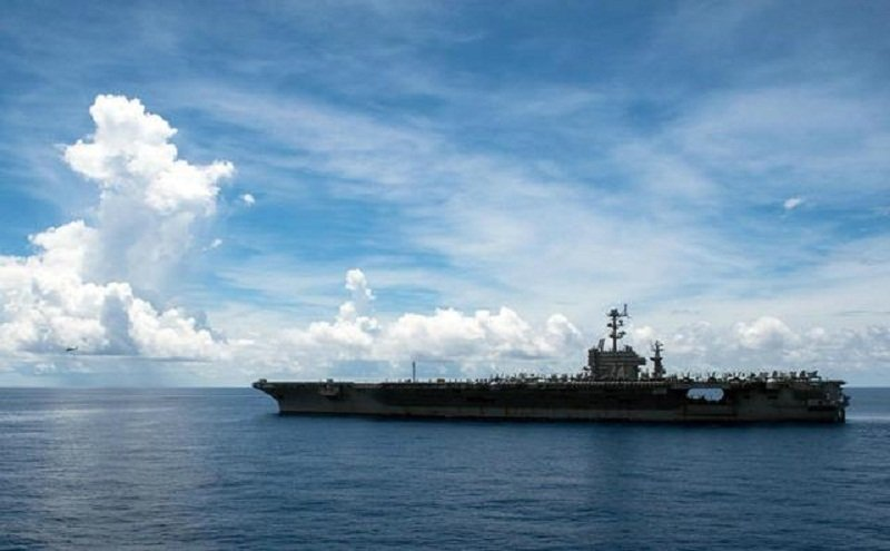美國航母駛進南海。(資料照/中評社)