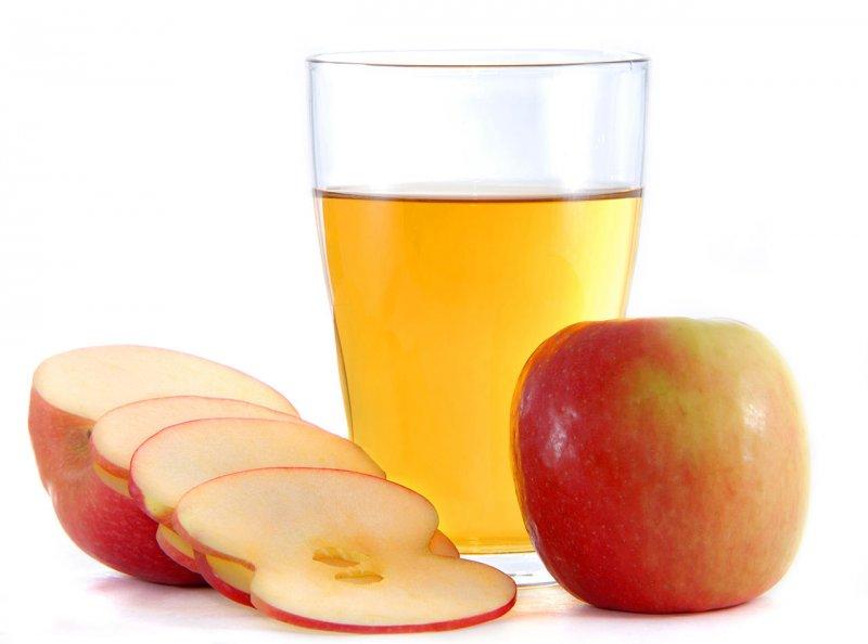 餐前喝蘋果醋有助於降低胃中的酸鹼值。(圖/維基百科)