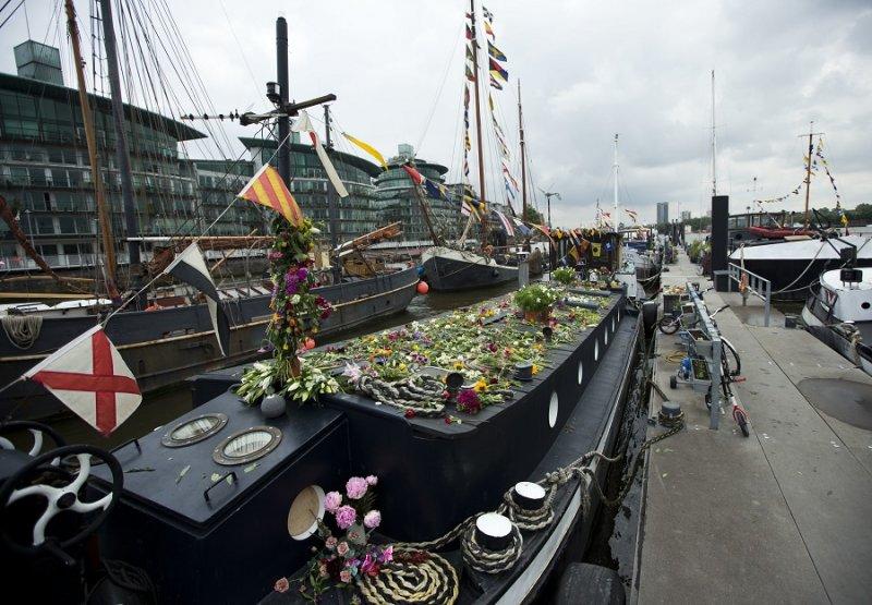 柯克斯家人在倫敦時居住的船屋(美聯社)