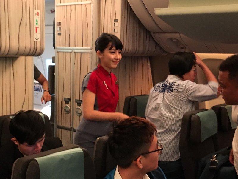 英翔專案專機起飛前。(顏振凱攝).jpg