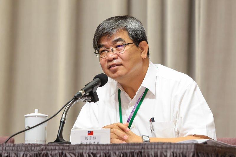 教育部次長蔡清華30日出席行政院會後記者會。(顏麟宇攝)