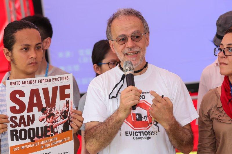 國際住民聯盟全球聯絡人Cesare Ottolini 2日出席「東亞迫遷法庭」座談活動。(顏麟宇攝)