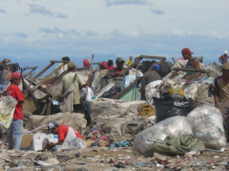 尼加拉瓜前議員控訴,美國干預造成的內戰,讓尼國經濟至今無法脫離貧困。(圖/維基百科)