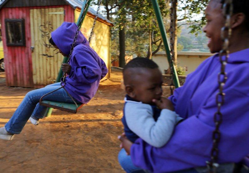 南非「恩科西.強森中心」(Nkosi's Haven)的愛滋病患。第21屆國際愛滋病會議18日在南非德爾班(Durban)舉行(美聯社)