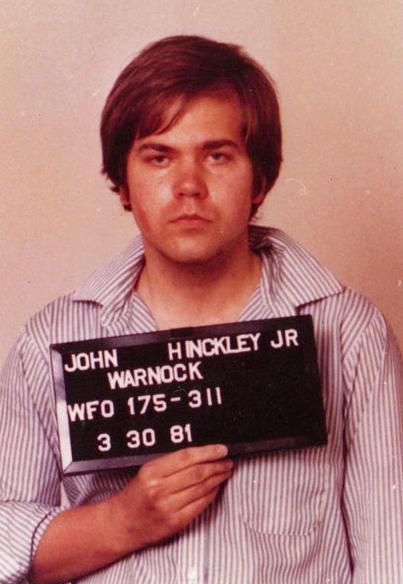 1981年刺殺雷根總統的兇手約翰.辛克萊二世(John Hinckley Jr.)(Wikipedia, Public Domain)
