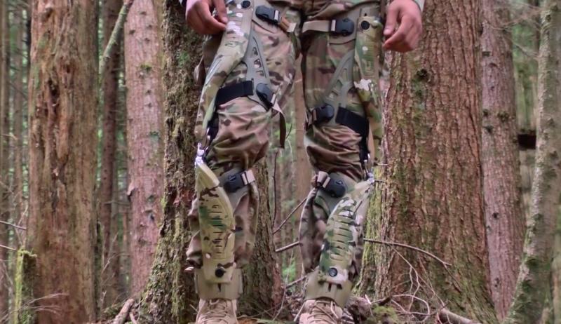 透過變速器,提升膝蓋上的動能轉變為電力。(圖/ Bionic Power Inc.@Vimeo)