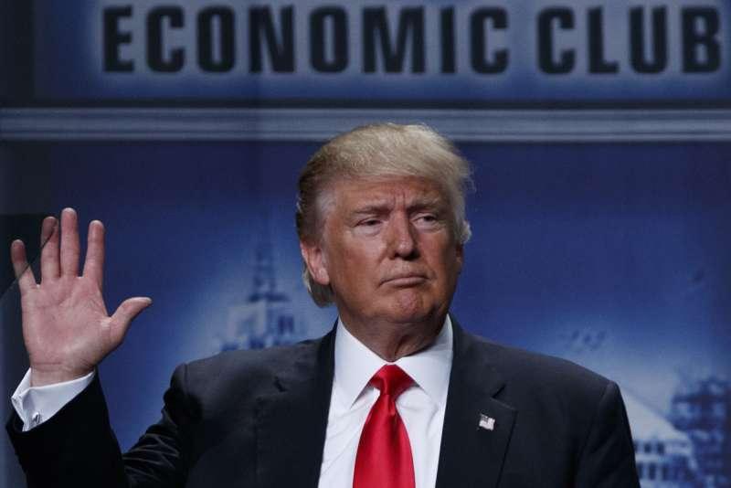 川普在底特律發表經濟政策。(美聯社)