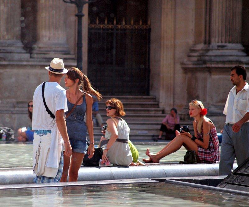 作者認為喜歡出國的旅客應該要具備足夠的語言能力。(圖取自flickr)
