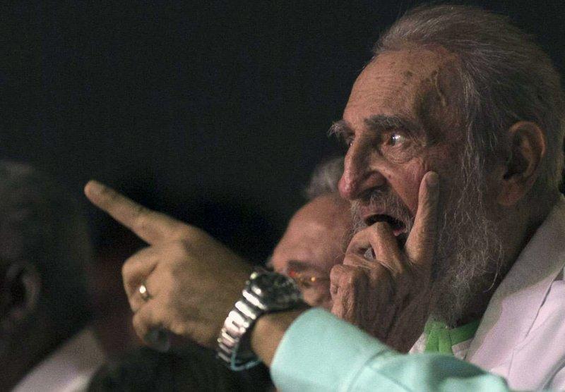 古巴革命領導人卡斯楚8月13日歡度90歲大壽,親自出席慶祝活動(AP)