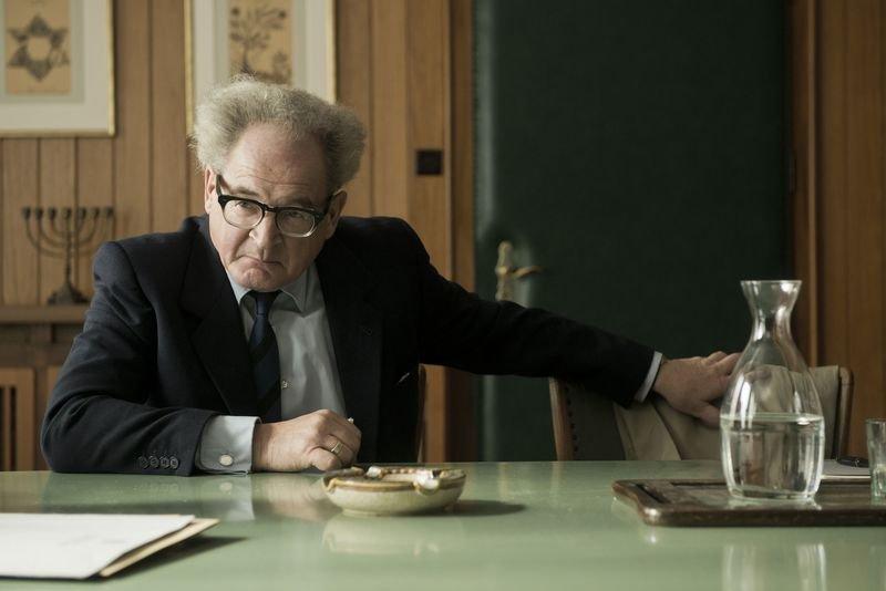 德國國寶級演員布卡克萊斯納憑藉《大審判家》奪下巴伐利亞電影獎最佳男主角,為個人榮耀再添一筆。(《大審判家》劇照,安可電影提供)
