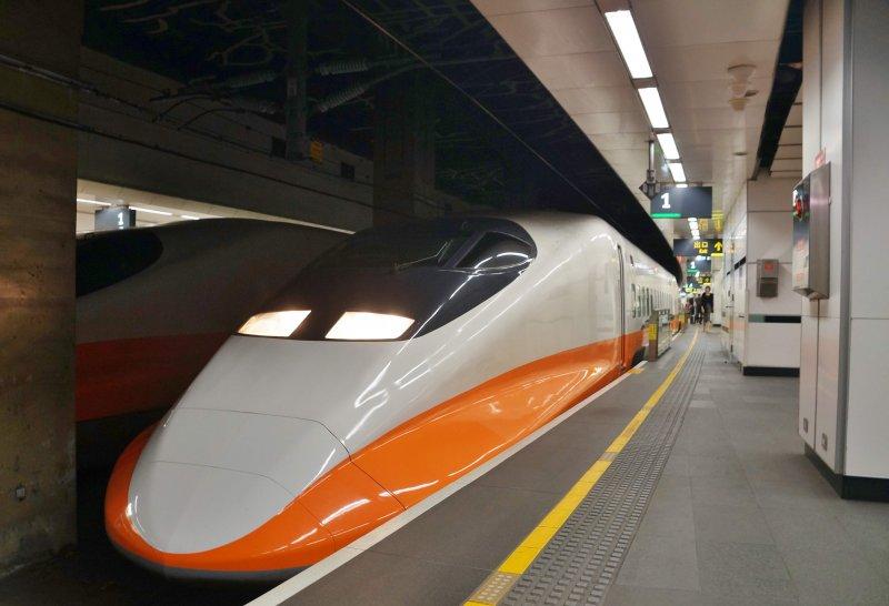 台灣高鐵列車 盧逸峰攝