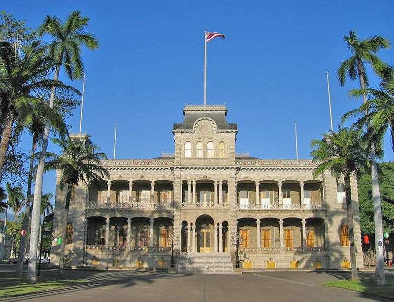 夏威夷王國皇室居住的伊奧拉尼宮。(維基百科,Public Domain)