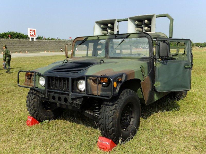 2016-08-22-美軍售台M998悍馬車-取自維基百科