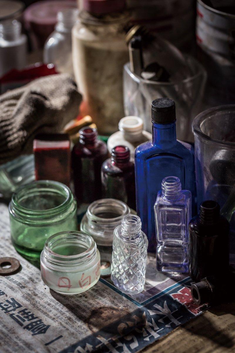 靠著玻璃工業,曾有現在年輕人設想不到的一片盛況。