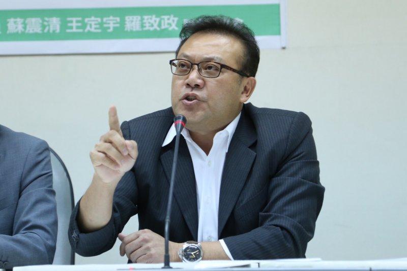 2016-08-23-是誰罩豐金記者會-立法委員蘇震清-蔡耀徵攝