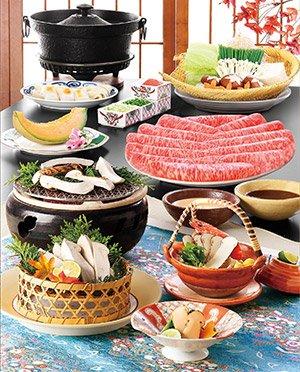 木曾路每片刷刷鍋或壽喜燒的牛肉片,光是從牛肉的表面色澤與油花分布就能感受到入口即化的美好滋味。(圖片來源:木曾路官網)