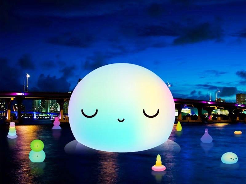 石村湖的湖面有直徑達20公尺的月亮裝置藝術作品「超級月亮」(圖/http://supermoonproject.co.kr/)