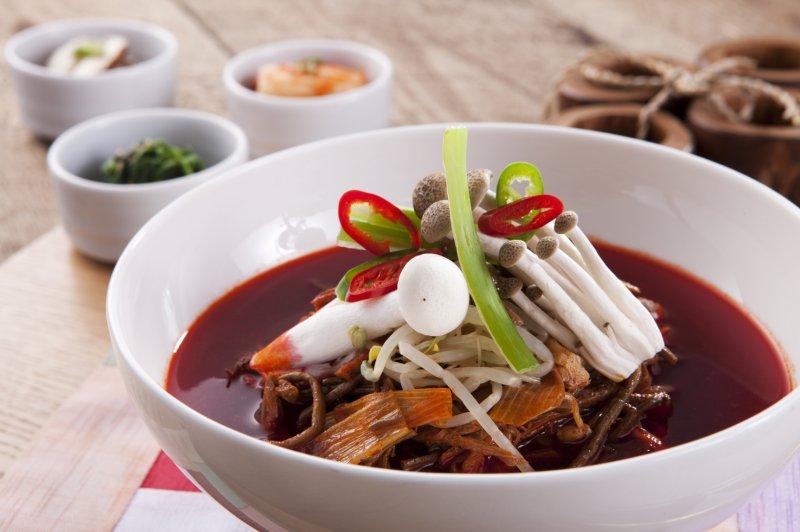 享用美食外,還能抽台北-濟州島來回機票,體驗真正的韓國風情。(圖/澎湖福朋喜來登酒店提供)