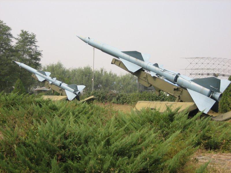 共軍紅旗二型(HQ-2)防空飛彈。(取自維基百科,Sam / Olai Ose / Skjaervoy攝/CC BY 2.0)