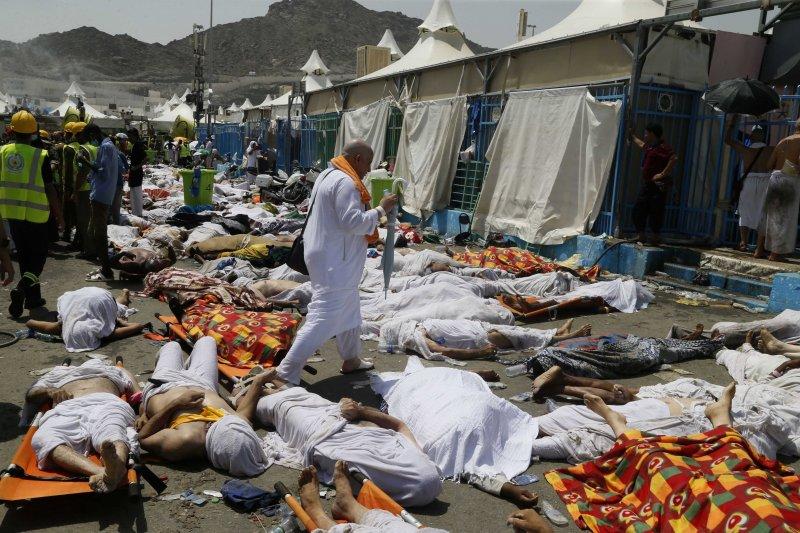 2015年朝覲發生嚴重踩踏事件,估計約2,000人死亡。(美聯社)