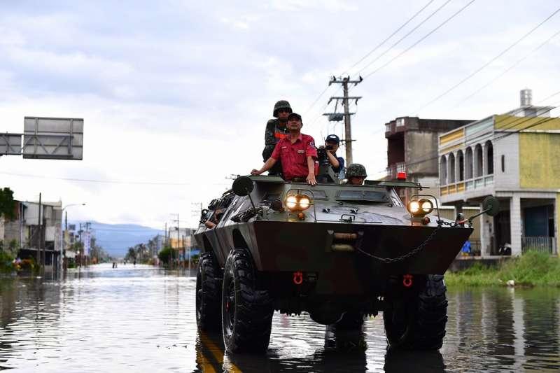 2016-09-15-國軍屏東救災-莫蘭蒂颱風-取自總統府網站