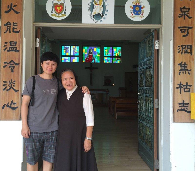 一個來自國外的修女,教我們如何去愛,去看待每一個珍貴的生命。(圖/擷取自Home Run Taiwan@facebook)