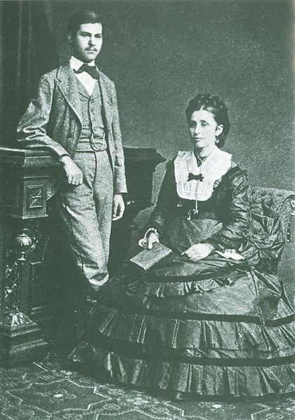 佛洛伊德及母親。(Wikipedia/public domain)