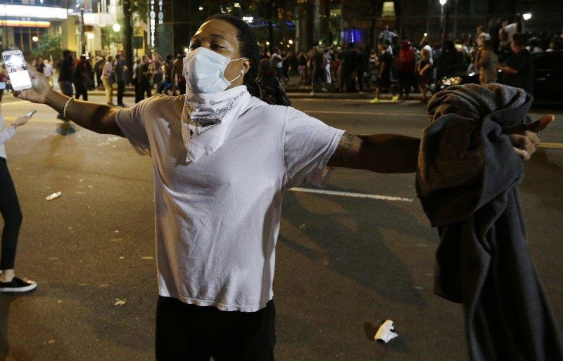 夏洛特市抗議種族歧視。(美聯社)
