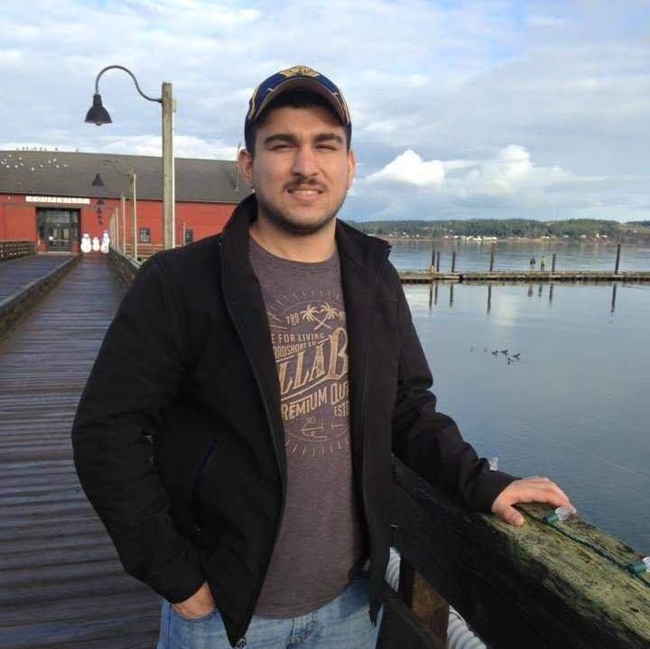 美國柏靈頓瀑布商場(Cascade Mall)槍擊案主嫌20歲的賽丁(Arcan Cetin),為土耳其裔移民,目前警方判定為單獨犯案。(取自Arcan Cetin個人臉書)