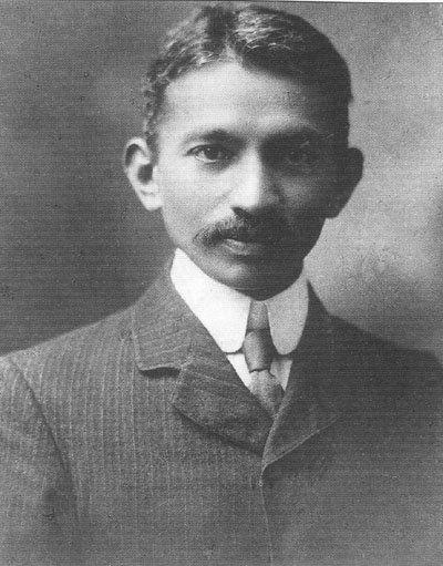 南非時期的甘地。(wikipedia/public domain)
