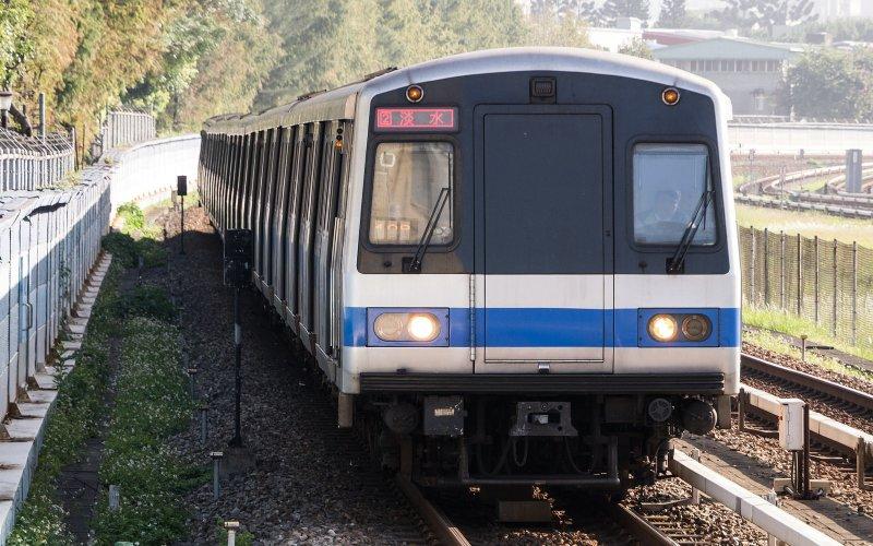 2016-10-09-台北捷運-列車-車廂-北捷-bllly1125攝-flickr