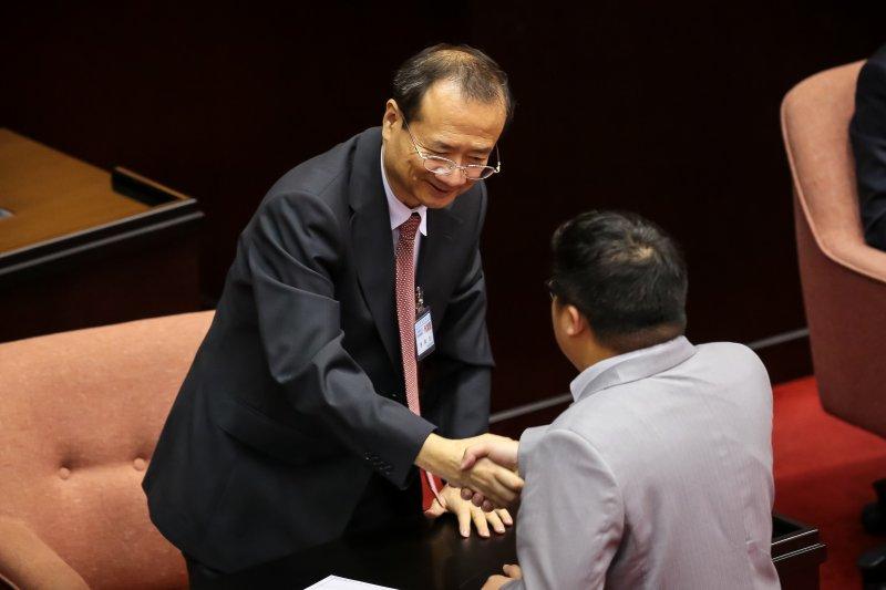 20161013-司法院長被提名人許宗力13日於立院備詢。(顏麟宇攝)