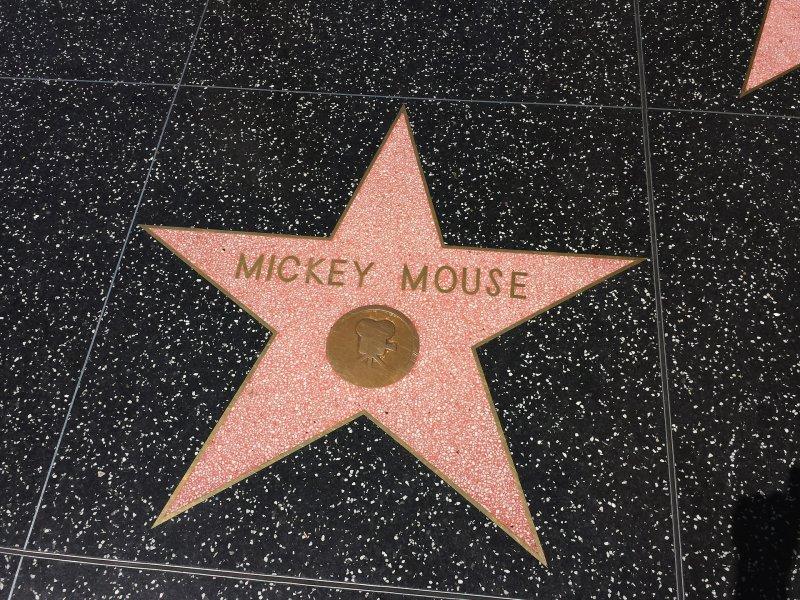 米老鼠是史上第一個登上好萊塢星光大道的卡通人物。(圖/Pixbaby)