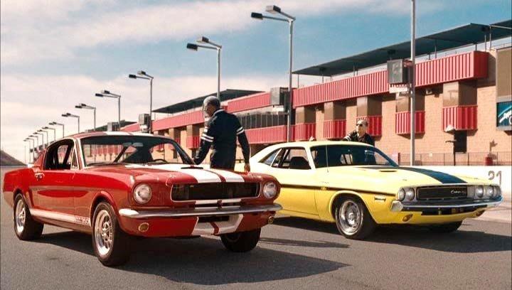 在《一路玩到掛》中,摩根·費里曼對 Ford Mustang 的期盼,忠實反映出了全世界的共同夢想(圖 /擷取自IMCDB)