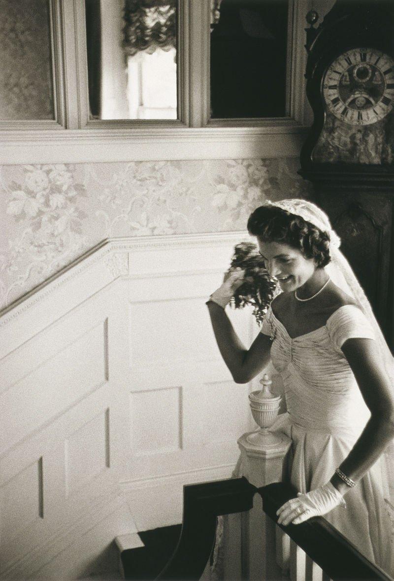 賈桂琳與甘迺迪結婚時的婚紗。(wikipedia/public domain)