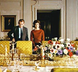 賈桂琳重新裝潢白宮,邀請媒體進入拍攝。(wikipedia/public domain)