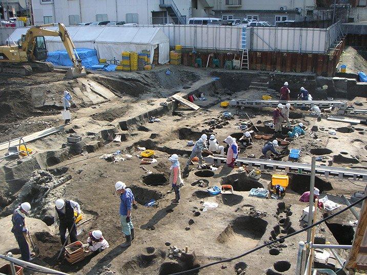 博多遺跡群,在福岡博多的辦公區上持續挖掘調查。(攝於2008年3月10日)