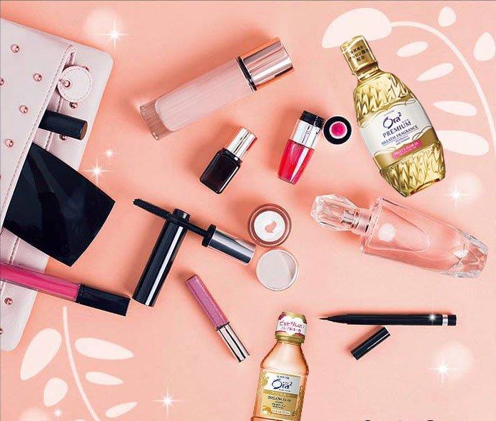 日本的職場女性,每個人幾乎都會隨身帶著兩、三樣的化妝品,以便隨時補妝。(圖/擷取自Ora2@facebook)
