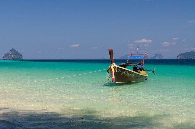 泰國董里省的海岸(圖/Alessandro Caproni@Flickr,hotelscombined提供)